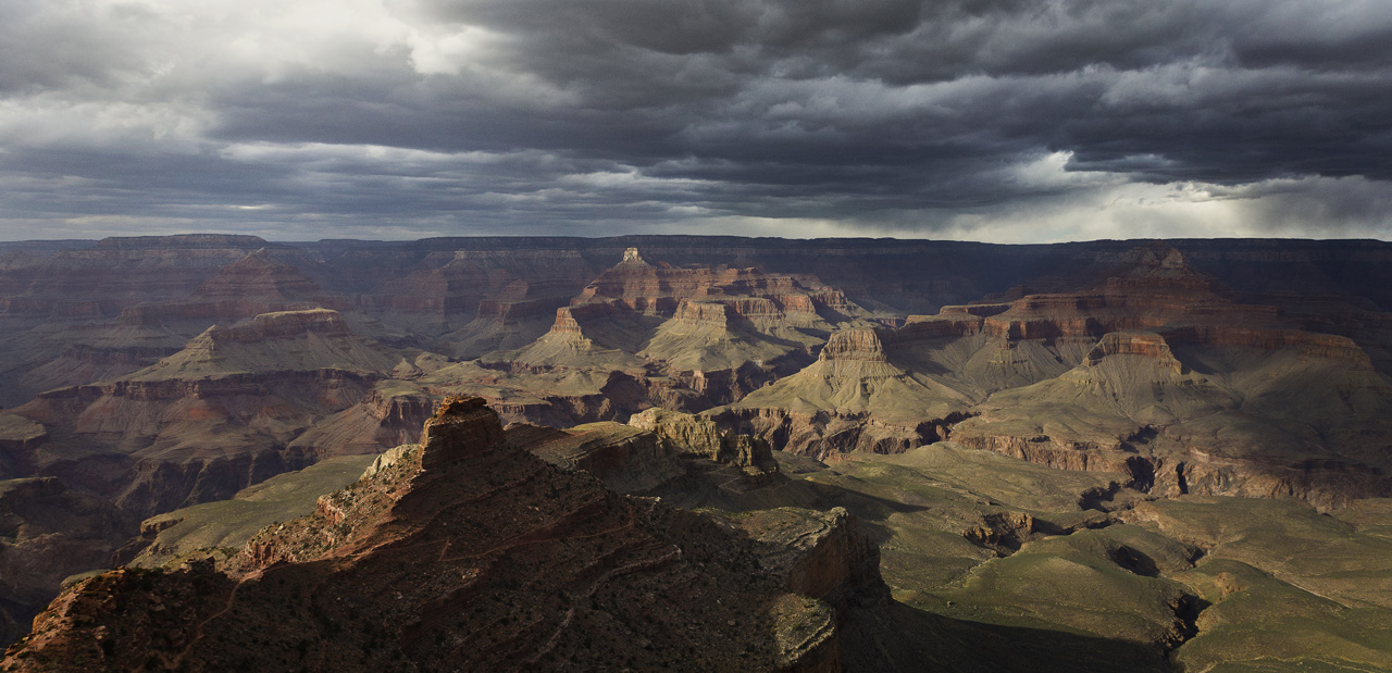 the Grand Canyon seen from the Kaibab Trail